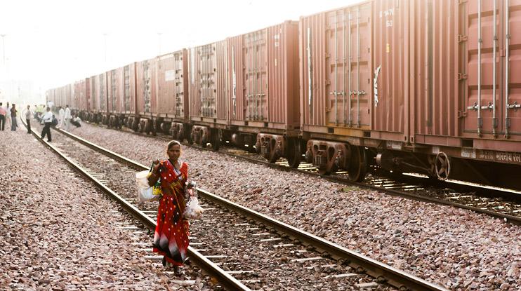 India, Train, Train Track